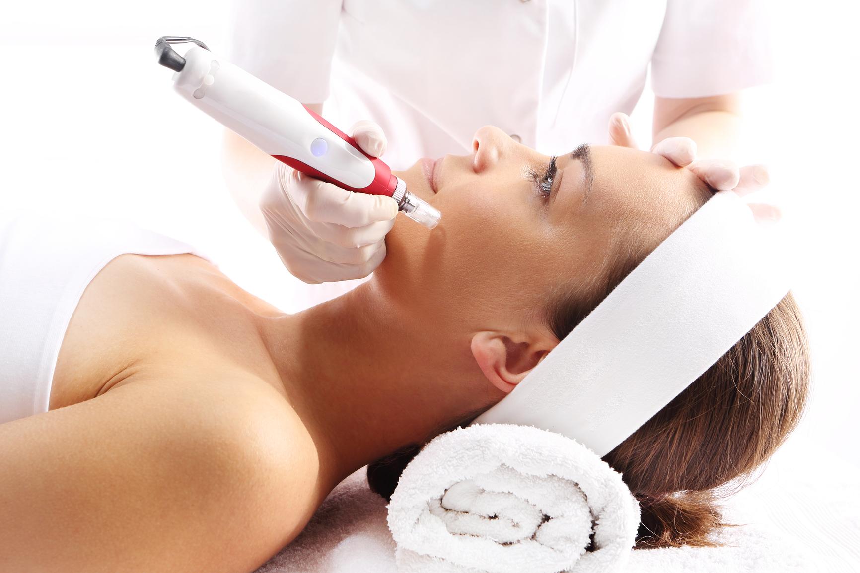 Dermaroller Dermapen Cosmedic Clinic